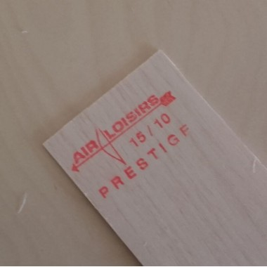 Planche balsa 1.5mm 10x100cm